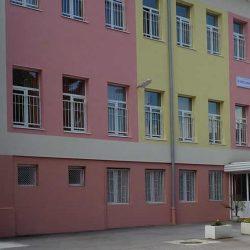 Министър Коларова изненадващо посети IV помощно училище