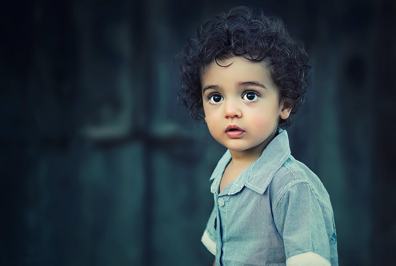 Детско съчинение дарява светкавична усмивка